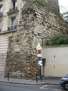 Philippe Augustus Wall on rue Clovis