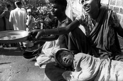 Begging on the streets of Bombay