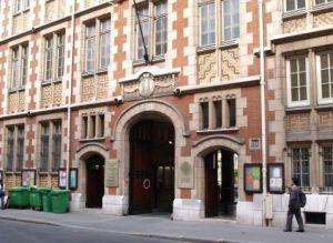Institut Catholique