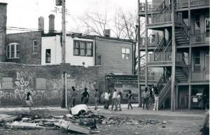 A ghetto in South Chicago, 1985