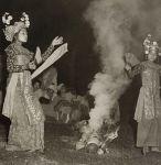 bali-sanghyang-dedare-dance-possessed-by-hyangs